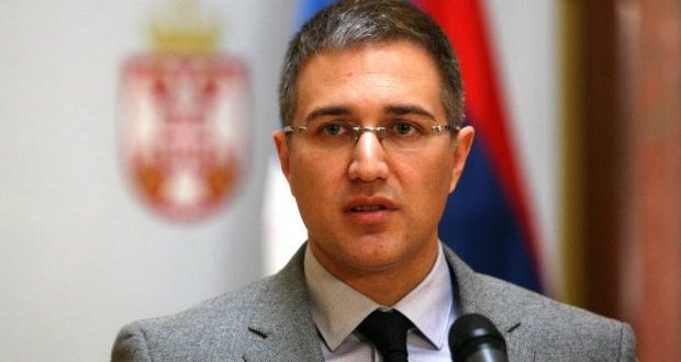 Небојша Стефановић